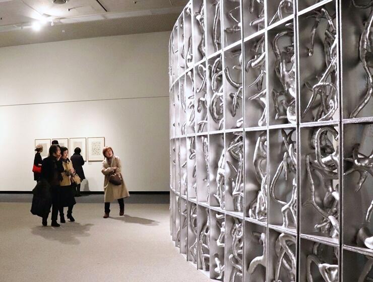 8日に開幕する草間彌生さんの作品展=7日、新潟市中央区