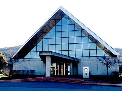 「SUWAガラスの里」6位に 旅行会社投票の施設100選