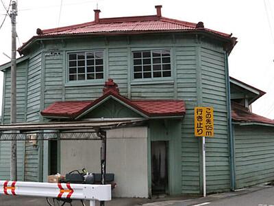 諏訪「平湯」100年祝おう 映画ロケ地の共同浴場