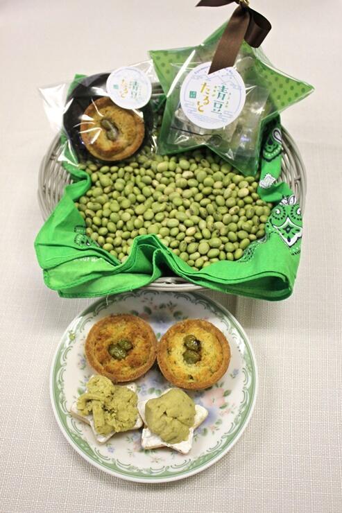 地元産青豆を使った「清豆たると」=上越市清里区