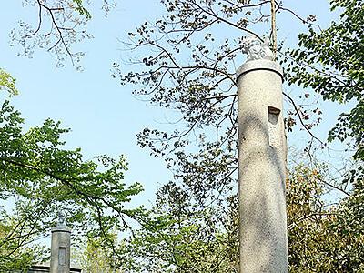 古い鳥居の柱再設置 櫛田神社
