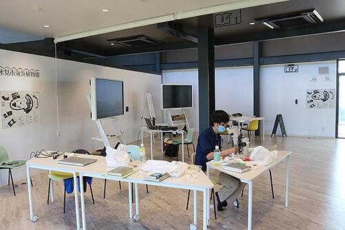大人の学びの場となるリカレント研修室