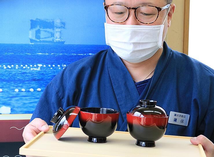 富山市の飲食店のために作った蜃気楼塗りの器