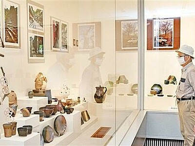 陶芸教室が作品展、創造力豊かな200点並ぶ ふるさとギャラリー叔羅