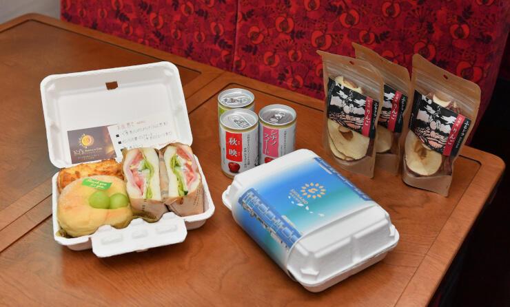 軽食付きプランで提供される食事。季節に応じてメニューが変わる