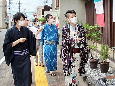 着物姿で商店街観光、気軽に 福井市の田原町商店街