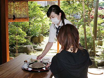 古民家カフェ「あなぐち亭」オープン 佐渡・宿根木