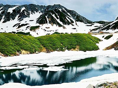 雪解け進む立山