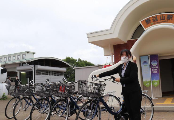野辺山駅で貸し出しが始まった電動アシスト付き自転車