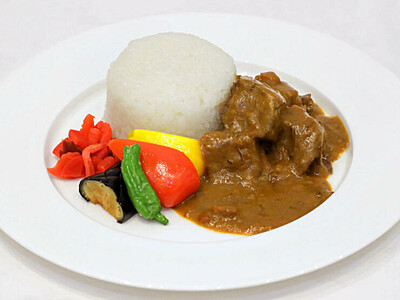 カレーな共演 食べ比べてみて 新潟市・8ホテル合同企画