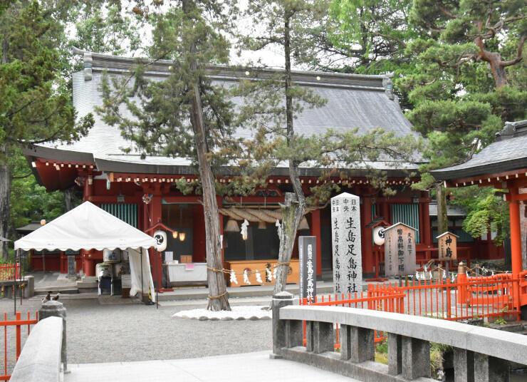 日本遺産に認定された文化財の一つ、生島足島神社