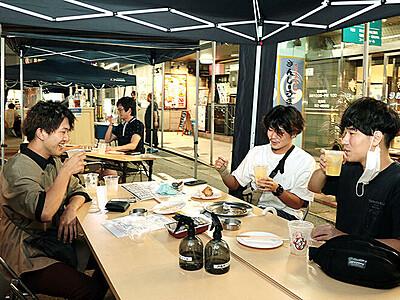 富山駅前、歩行者天国で営業 飲食店有志が毎週末