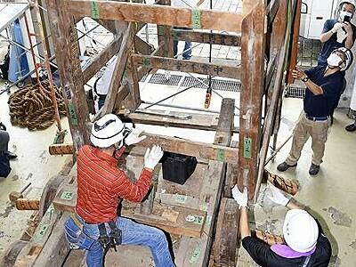 敦賀まつり山車40年ぶり解体 市指定文化財、構造調査