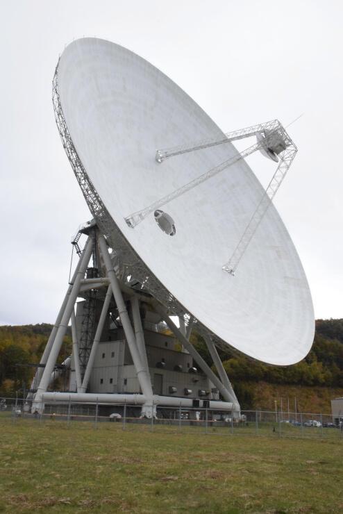 臼田宇宙空間観測所にある直径64メートルパラボラアンテナ