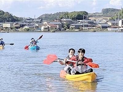 カヤックで北潟湖満喫 福井県あわらの協議会がツアー試行