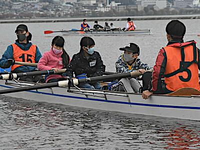 諏訪湖でボート体験会、国体見据え競技者拡大に