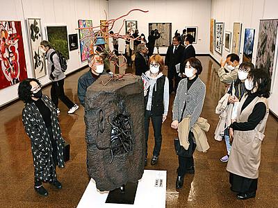 越中アートフェスタ開幕 富山県民会館
