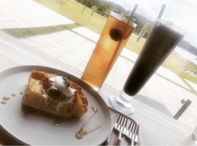 福井県若狭町にある「cafe縞(しま)」