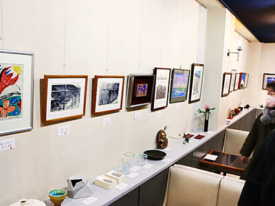 良寛さんの慈愛 作品で伝える 新潟市でチャリティ展