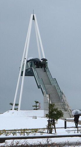 氷見市比美乃江公園の展望台