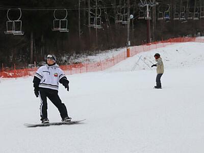 初滑り満喫、駒ケ根高原スキー場 感染対策し営業開始