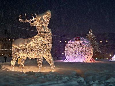 雪原で輝く 光のオブジェ 妙高 ロッテアライリゾート