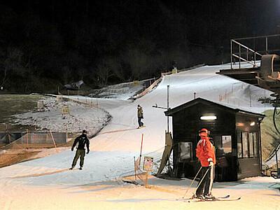 15年ぶりナイター再開 佐久のスキー場「パラダ」