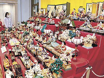 ひな人形の変遷紹介 明治、大正、昭和 くらしの博物館で企画展