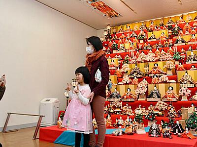 ひな人形いっぱい 辰野で「まつり」