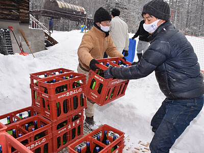 佐久の日本酒「氷雪貯蔵」 立科のスキー場でまろやかに