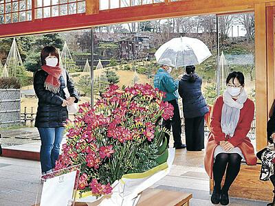 エアリーフローラ金沢城に華やぎ 石川県が初企画