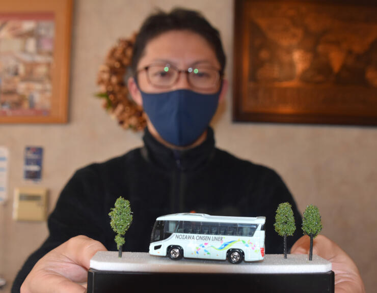 運行開始5年を記念して作った野沢温泉ライナーのミニカー