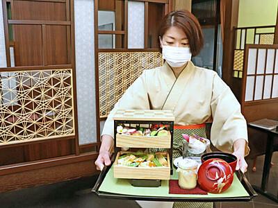 職人の技光る「桐たんす御膳」 加茂・日本料理きふね