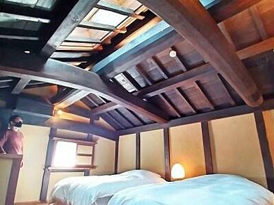 明治時代の蔵が優雅な古民家ホテルに 小浜市「丹後街道つだ・蔵」、土間にキッチンも