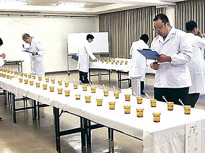 能登杜氏の酒出来競う 珠洲で品評会