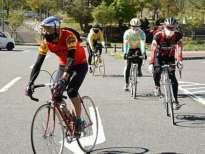 レトロ自転車で中信の85キロ快走 愛好家ら「フェス」