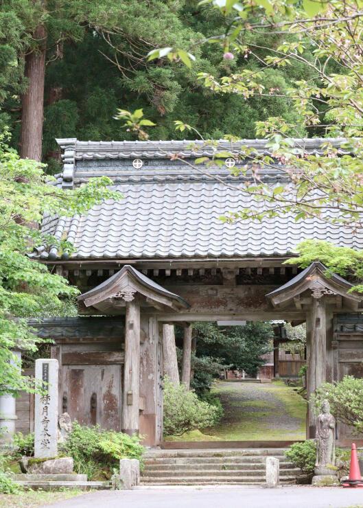 「西蒲映画」に登場する種月寺。ロケ地巡りマップでも紹介されている=新潟市西蒲区