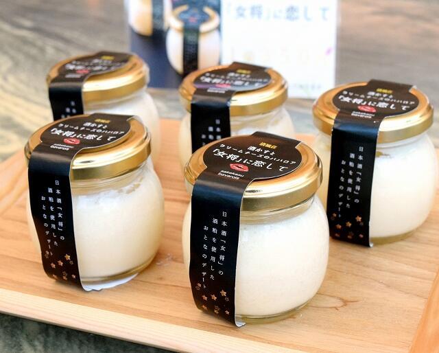 日本酒「女将」の酒かすを使ったクリームチーズのババロア=福井県あわら市温泉3丁目の清風荘