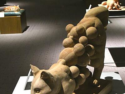 緻密で独創的、木彫32点 小諸高原美術館で政所さん