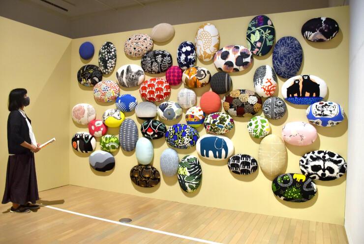 創業200周年を記念したフィンレイソン展=25日、新潟市秋葉区