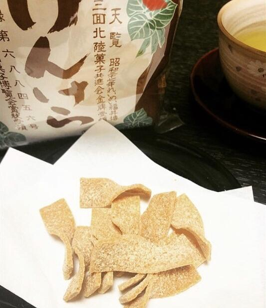 福井県大野市の名物菓子、けんけら