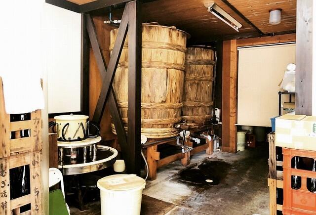 山元醤油味噌醸造元にある大きな木桶