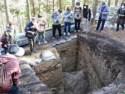 縄文時代の黒曜石採掘跡「星ケ塔遺跡」 下諏訪で初のツアー開催へ