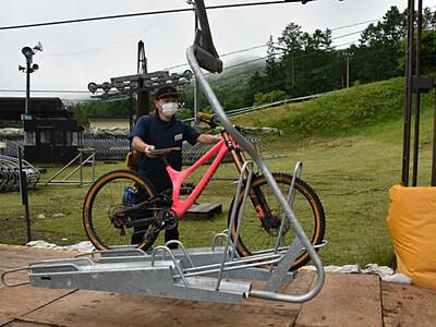 山楽しむ自転車専用リフト 富士見パノラマリゾートが導入