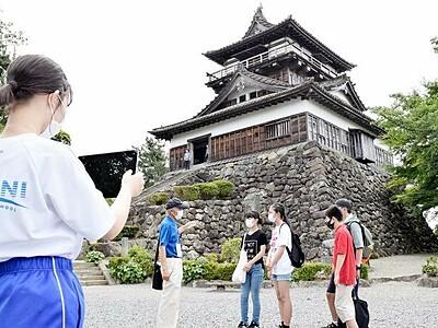 英国の学校へ自作動画を 坂井市の中学生17人、名所紹介し交流