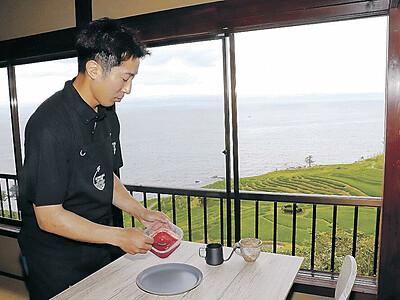 千枚田一望絶好の立地 空き家をカフェに再生 22日開業「輪島盛り上げたい」 奥能登の食材でメニュー