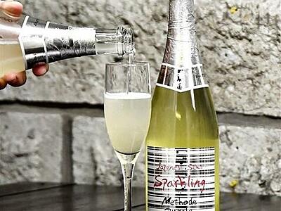 さわやかな酸味、発泡性日本酒を発売 鯖江市の豊酒造