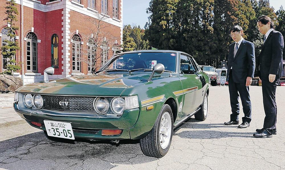 国際ラリー大会に向けて東大に貸し出された日本自動車博物館のセリカ=3月、小松市の同博物館