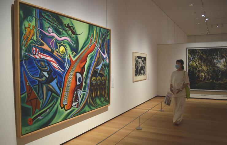 岡本太郎の代表作「森の掟」など自然をテーマにした近現代の名作が並ぶ会場=27日午前10時半、長野市の長野県立美術館