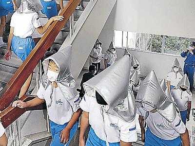 穴水で県防災総合訓練 能登の大地震に住民備え